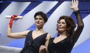 Cannes-2014-i-vincitori-Palma-d-oro-a-Winter-sleep-di-Nuri-Bilge-Ceylan.-Gioia-per-Alice-Rohrwacher_h_partb