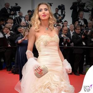 Cannes-Film-Festival-2014-Valeria-Marini-abito-Carlo-Pignatelli-2