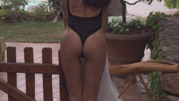 Antonella Mosetti, che curve (ac)chiappa sole!